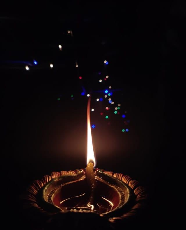 Rituales de año nuevo. Imagen de Shaurya Sagar vía Pexels