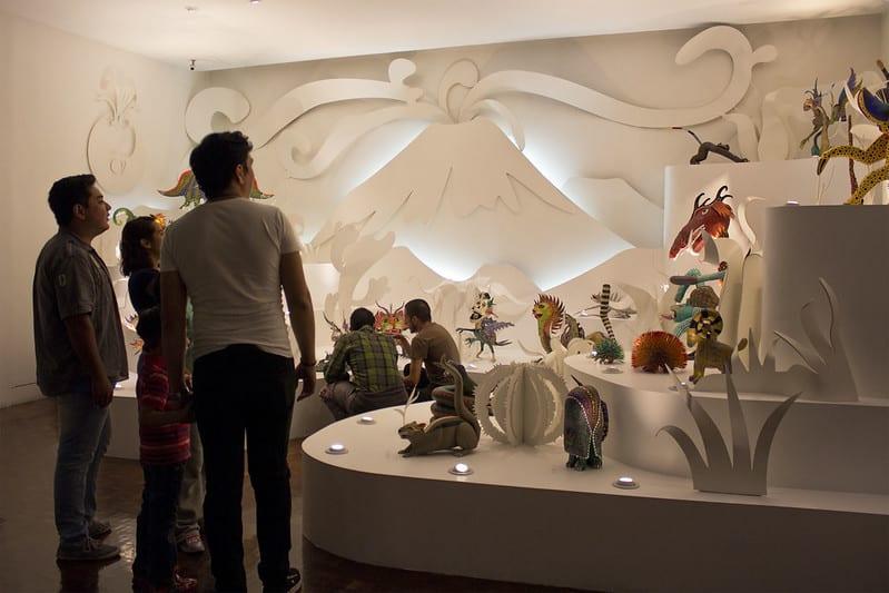 Exhibición en el Museo de Arte Popular. Imagen de la Secretaría de Cultura de la CDMX vía Flickr